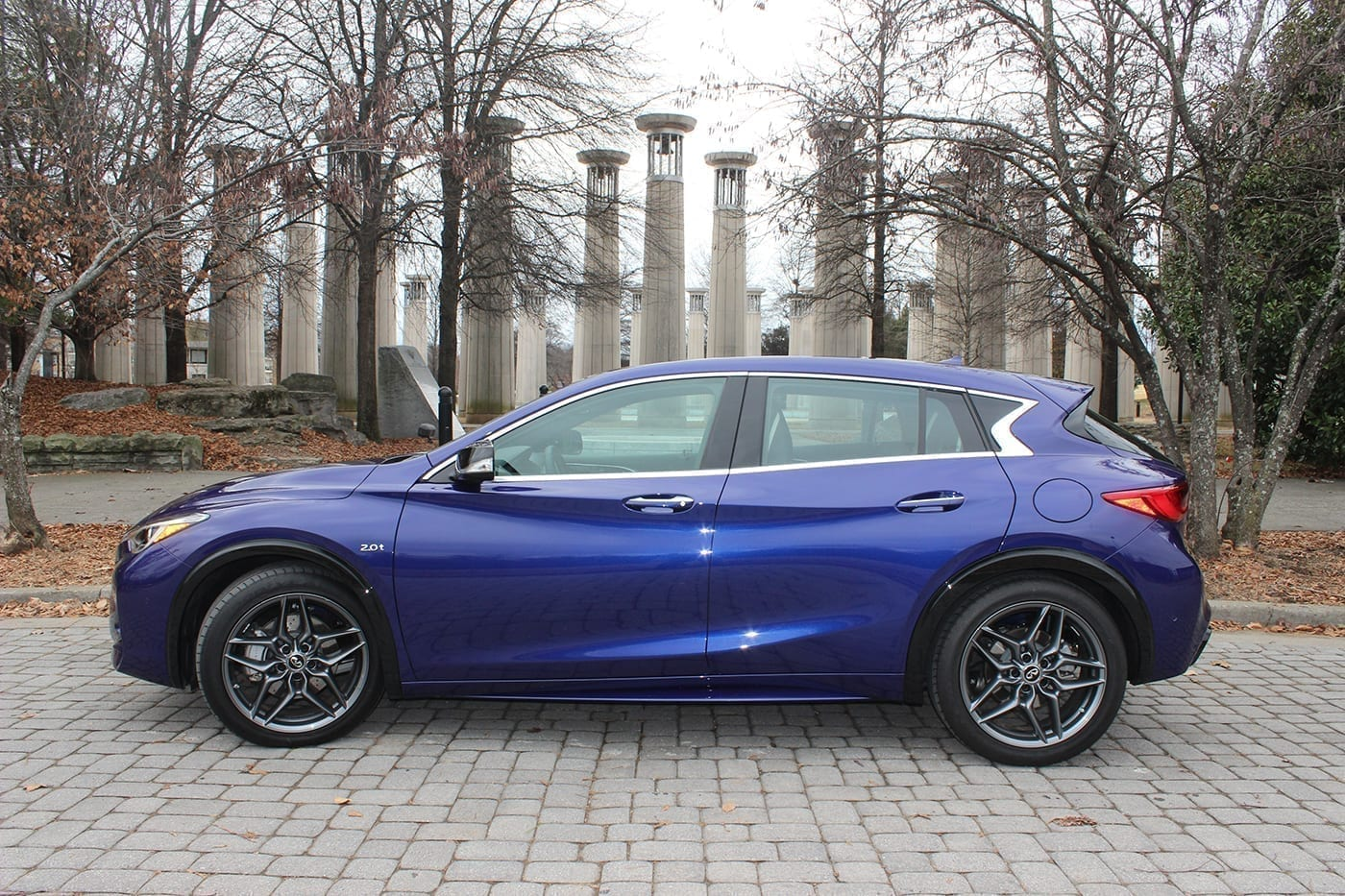 in the drive 39 s seat 2017 infiniti qx30 sport the tennessee tribune. Black Bedroom Furniture Sets. Home Design Ideas