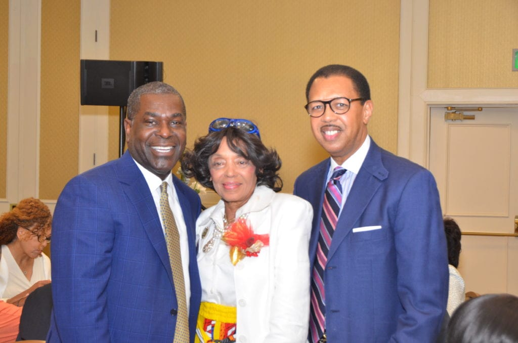 10Fed-EX-Human Resourse- Executive-Shannon Brown W:Yvonne Acey- Willie Brooks -Fed Ex-& Shelby County Commissioner-