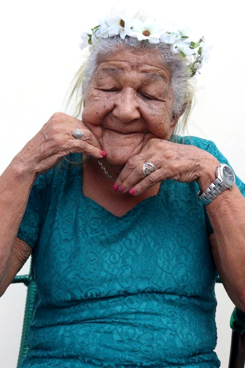 Maria-Cardoso-the-101-year-old-woman-who-worked-in-fields-since-she-was-9-years-old.-Pamela-Cristina-Matias-Gomes-.-Newsflash-scaled-1